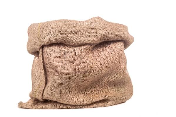 Мешок из джута для укрытия роз