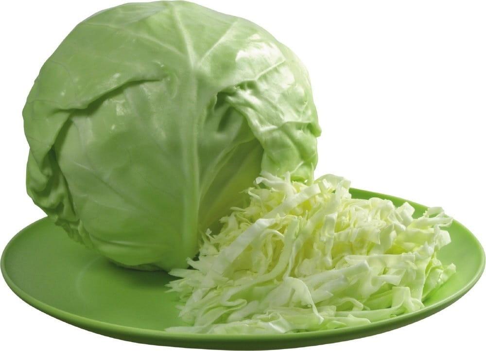 Сочный кочан белокачанной капусты